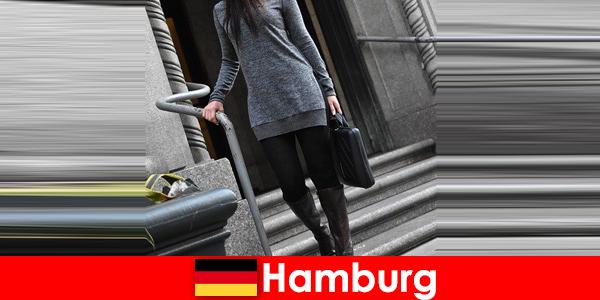 Eleganckie damy w Hamburgu rozpieszczają podróżnych ekskluzywną, dyskretną usługą towarzyską