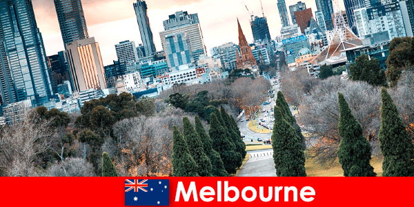 Różnorodność kulturowa w Melbourne zachwyca również krótkich urlopowiczów