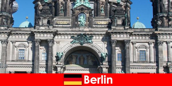 Pomimo Covid 19 Berlin przyciąga nowych turystów z całego świata